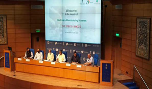 الیکٹرونک پیداوار میں ملک کو خودانحصار بنانے کے لئے پچاس ہزار کروڑ روپے کے تین منصوبوں پر کام کا آغاز