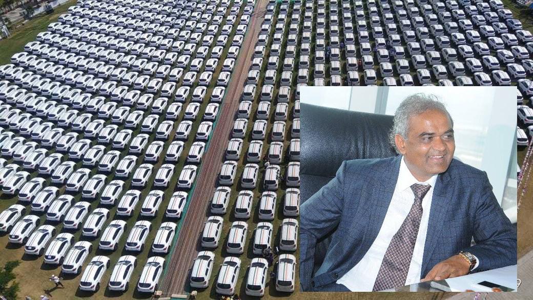 سورت کے ہیرا کاروباری پھر بحث میں: دیوالی پر 600 ملازمین کو دیں گے کار