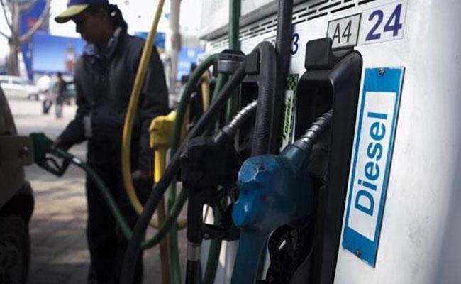 دیوالی تک پٹرول کی قیمتیں کم ہو گی:دھرمیندرپردھان