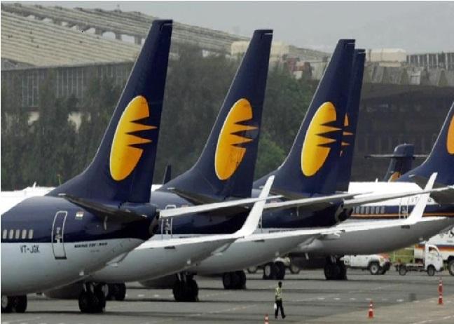 جیٹ ایئر ویز کے ملازمین کو 25فیصد کم ملے گی تنخواہ