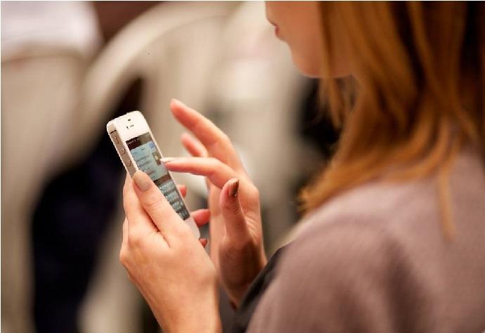 پچاس کروڑ موبائل نمبر ہوسکتے ہیں بند، جیو صارفین پر سب سے زیادہ خطرہ