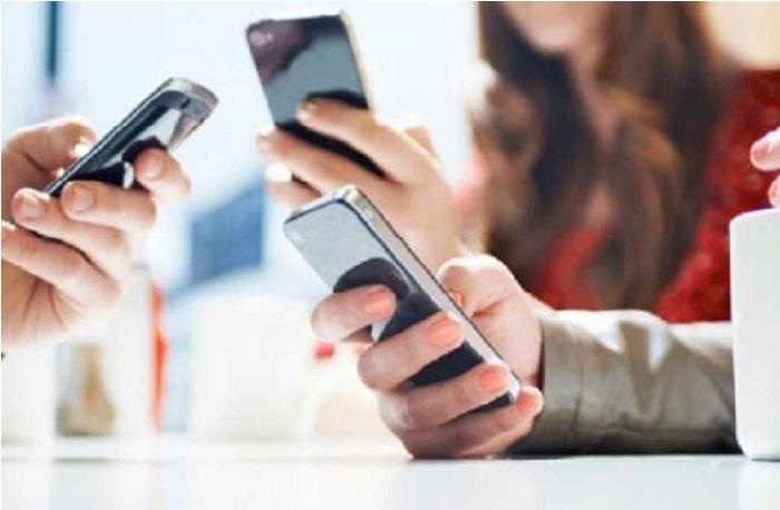 ڈیجیٹل انڈیا کی دھوم کے درمیان 52 ہزار دیہاتوں میں اب تک نہیں بجی موبائل فون کی گھنٹی