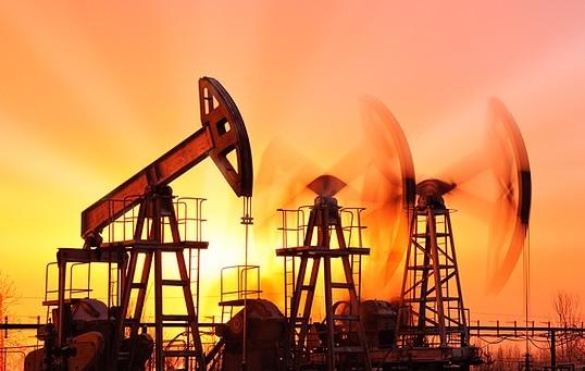 خام تیل کی فی بیرل قیمت میں مزید کمی
