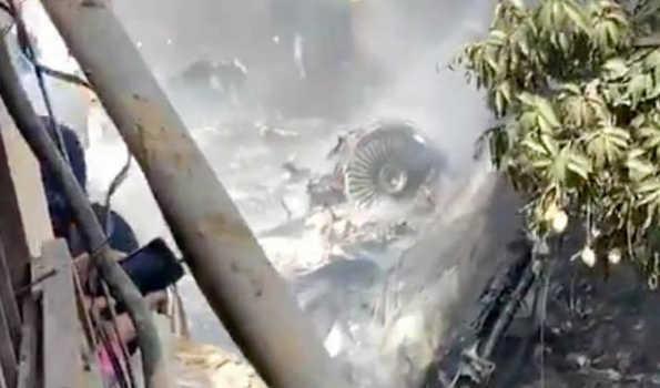 پاکستان: طیارہ حادثہ میں مہلوکین کی تعداد 92 ہو گئی