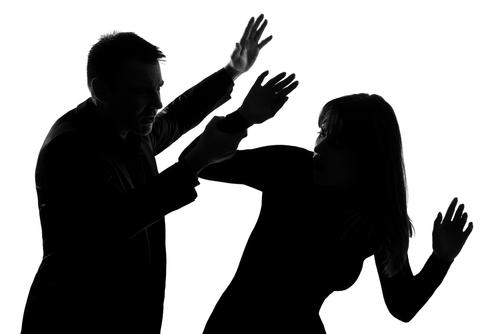 جنسی استحصال : عاشق سمیت کنبہ کے 9 افراد خلاف رپورٹ درج