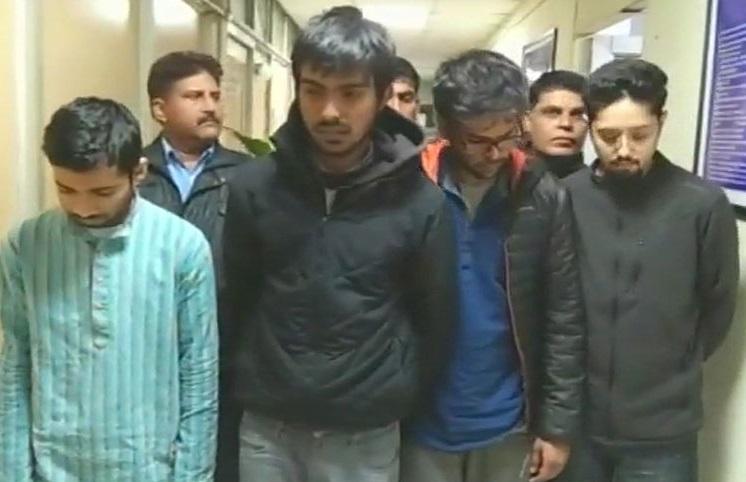 دہلی کے ٹاپ یونیورسٹیوں کے چار طالب علم منشیات کے ساتھ گرفتار