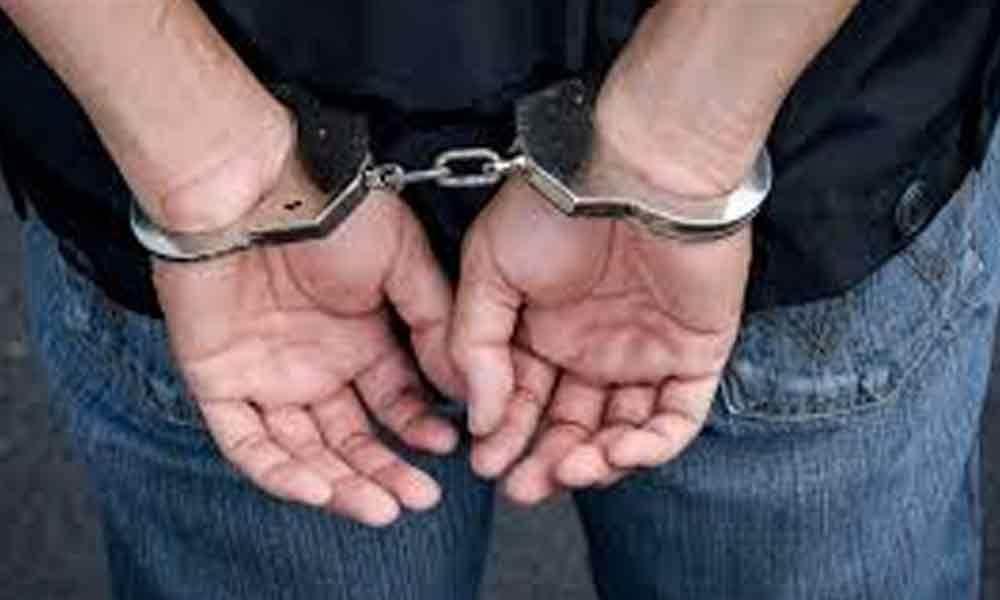 وزیراعلی تلنگانہ سے متعلق جھوٹی خبریں سوشیل میڈیا پر پھیلانے والا ایک شخص اور ایک نابالغ لڑکا گرفتار