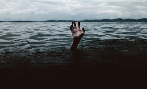 تلنگانہ کے نرمل ضلع کے تالاب میں تین لڑکیوں کی لاشوں سے سنسنی
