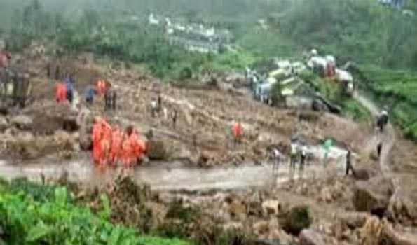 کیرالہ میں مٹی کے تودے گرنے سے مرنے والوں کی تعداد بڑھ کر 55 ہوئی