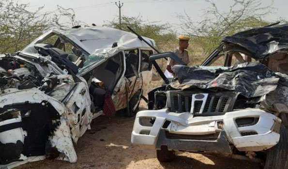 جودھپور:دو گاڑیوں کے ٹکرمیں 12 افراد کی موت، سات زخمی