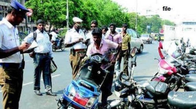 کمشنر پولیس سائبرآباد نے تمام ٹریفک چیک پوسٹوں کا اچانک معائنہ کیا