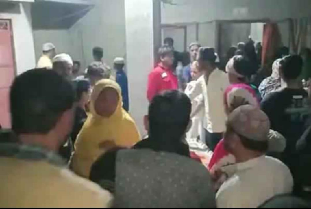 دردناک حادثہ : شب برات کےموقع پر نماز ادا کررہے بچوں پرگرا مسجد کا پلر، 2کی موت، ایک کی حالت سنگین