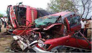 مہاراشٹر کے یاوتمل میں خطرناک سڑک حادثہ، 10 کی موت، 3 زخمی