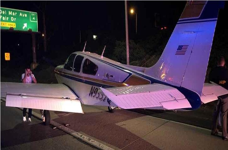 انجن نے کام کرنا بند کر دیا، تو ہائی وے پر ہی جہاز کی ایمرجنسی لینڈنگ