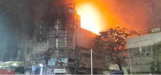 کولکتہ کےسنیما ہال میں آتشزدگی ، دو افراد زخمی
