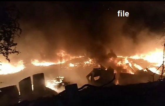 حیدرآباد کے ایک گودام میں آگ لگنے کا واقعہ