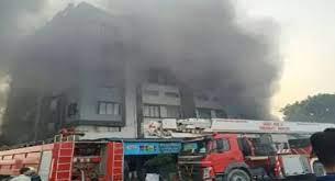 گجرات کی پیکیجنگ فیکٹری میں زبردست آتشزدگی، دوافرادکی موت، 72 بچائے گئے