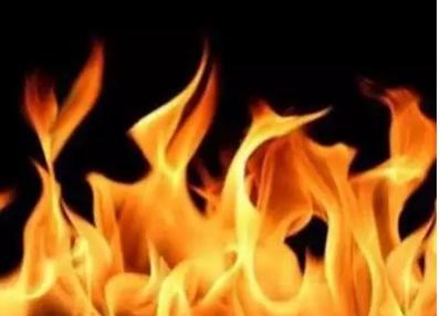 پرانا شہر حیدرآباد کے سٹی سیول کورٹ کامپلکس پرانی حویلی کی کینٹین میں آگ لگنے کا واقعہ