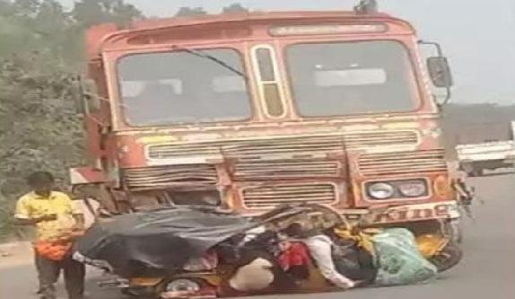 تلنگانہ: محبوب آباد ضلع میں خوفناک سڑک حادثہ ، 6 افراد کی دردناک موت