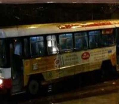 آرٹی سی بس سے 9سالہ لڑکی گرنے سے فوت