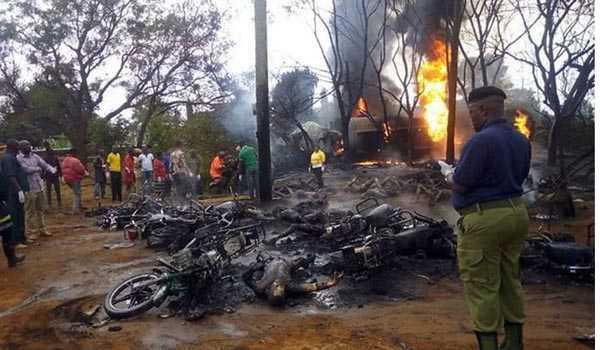 تنزانیہ میں پٹرول ٹینکر پلٹنے سے 60 ہلاک