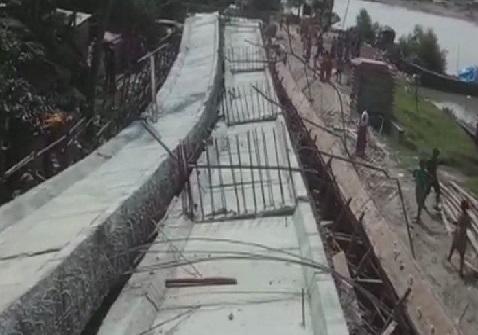 مغربی بنگال میں ایک اور حادثہ، جنوبی 24 پرگنا ضلع میں گرا تعمیری پل