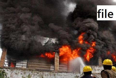 آندھراپردیش کے ضلع چتور کی فیکٹری میں آگ لگ گئی