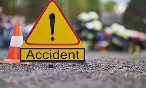 تلنگانہ کے ضلع سوریہ پیٹ میں سڑک حادثہ۔ دس سالہ لڑکا ہلاک اور دیگر چار شدید زخمی