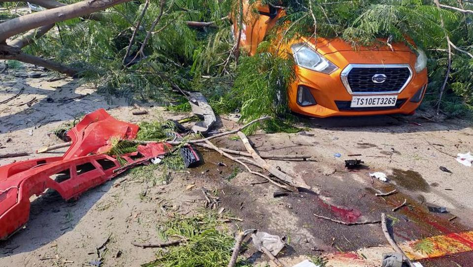 حیدرآباد کے بائیو ڈائیورسٹی فلائی اوور پر حادثہ۔نوجوان کا ڈرائیونگ لائسنس معطل