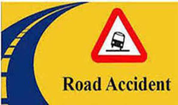 تلنگانہ کے ضلع سنگاریڈی میں سڑک حادثہ۔دو افراد شدید زخمی