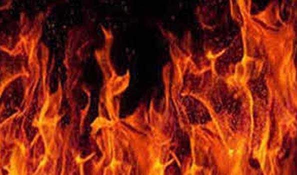 بنگلہ دیش کے اسپتال میں آگ لگنے سے پانچ مریضوں کی موت