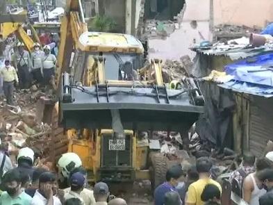 ممبئی میں چار منزلہ عمارت منہدم، 11 افراد ہلاک، 17 زخمی