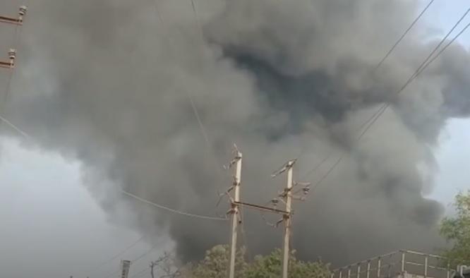 تلنگانہ:آئی ڈی ایل بولارم کی کمپنی میں دھماکہ اور آگ لگنے کا واقعہ۔8ورکرس جھلس گئے