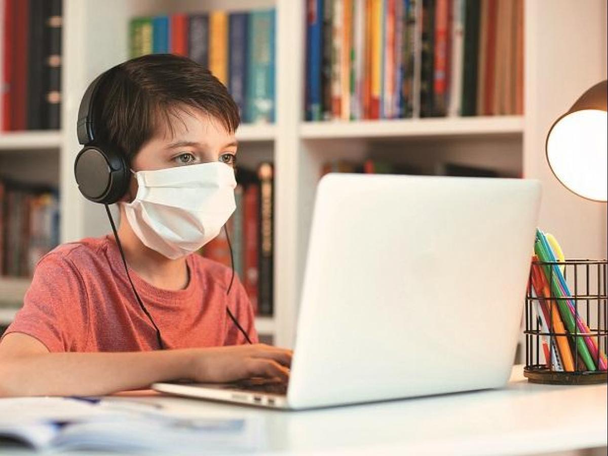 حیدرآباد کے بیشتر اسکولس کی جانب سے آن لائن کلاسس کا آغاز