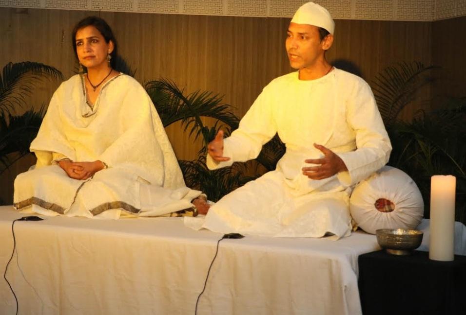 """اُردو یونیورسٹی میں """"داستانِ عرفانِ بدھ""""کی پیشکشی۔پونم گردھانی اور راجیش کمار نے سماں باندھ دیا"""