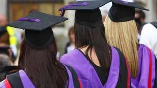 برطانیہ نے بند کیں فرضی ڈگری دینے والی 40 سے زیادہ ویب سائٹ