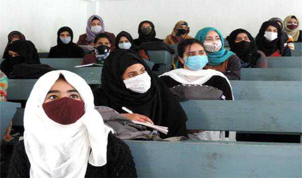 وادی کشمیر میں تمام کالجوں میں درس وتدریس کا عمل بحال ہوا