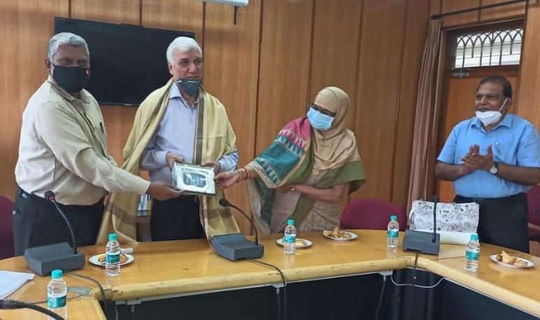 پروفیسر ایوب خان کی سبکدوشی۔پروفیسر فاطمہ بیگم، مانو کی نئی انچارج وائس چانسلر