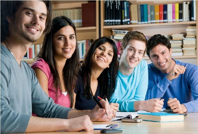 امریکہ میں ہندستانی طلبا کی تعداد چین سےزیادہ ہوگئی،اضافے کا یہ لگاتار پانچواں سال