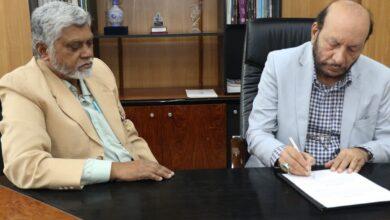 اردو یونیورسٹی میں تعلیمی بلندیوں کو چھونے کی صلاحیت کی کمی نہیں : پروفیسر عین الحسن
