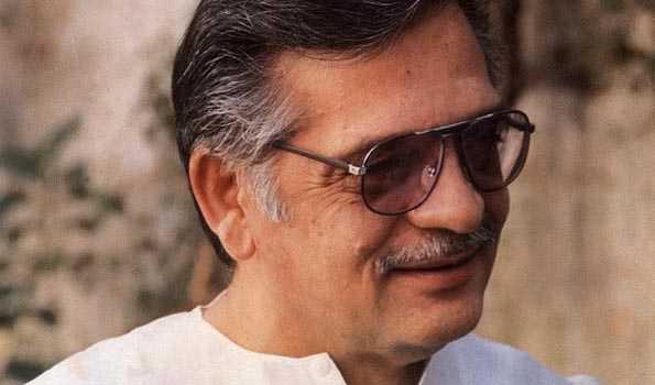 گلزار اردو شاعری کو نئی جہت دینے والے عظیم شاعر ونغمہ نگار