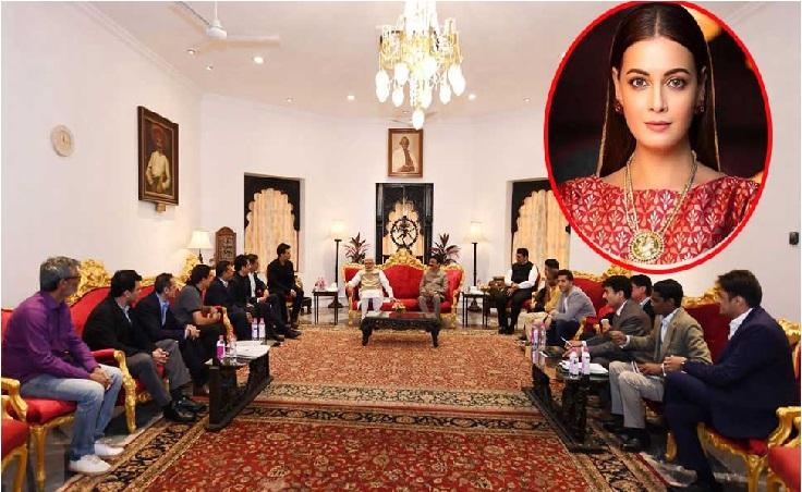 وزیر اعظم سے ملنے پہنچا بالی ووڈ وفد میں ایک بھی خاتون نہیں، دیا مرزا نے کیا سوال
