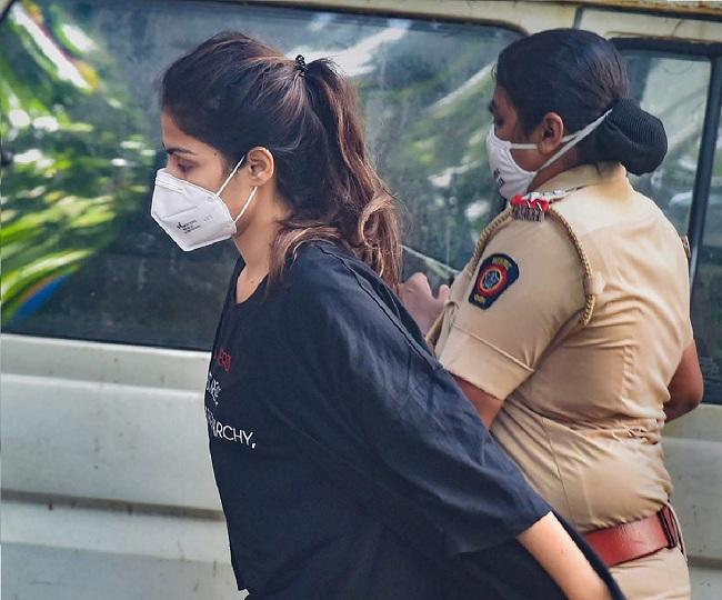 ریا چکرورتی ممبئی بائیکلہ جیل منتقل