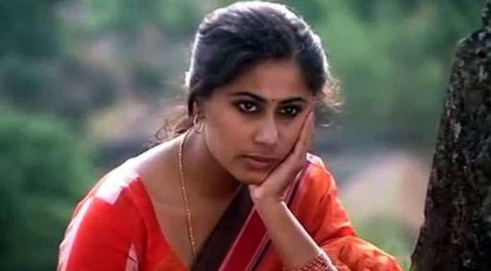 سمیتا پاٹل نےمتوازی فلموں کو نئی جہت دی