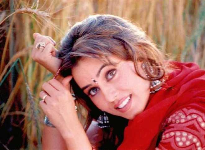 خوبصورت مسکان سے لوگوں کا دل جیتنے والی اداکارہ مہیما چودھری