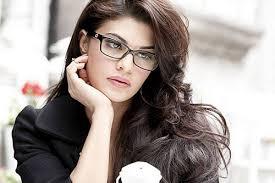 """سلمان خان کی اپ کمنگ فلم """"ریس۔3"""" کی شوٹنگ کے دوران زخمی ہوئیں جیکلین فرنانڈیز"""