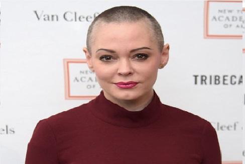 امریکی اداکارہ نے کی اپیل اور ٹویٹر چھوڑنے لگی دنیا بھر کی لڑکیاں،کیوں ...