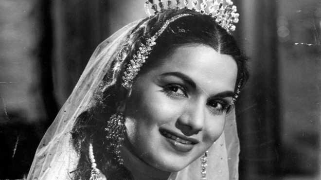 پرکشش نین نقش والی اداکارہ شیاما نے لاکھوں فلم بینوں کے دل جیتے