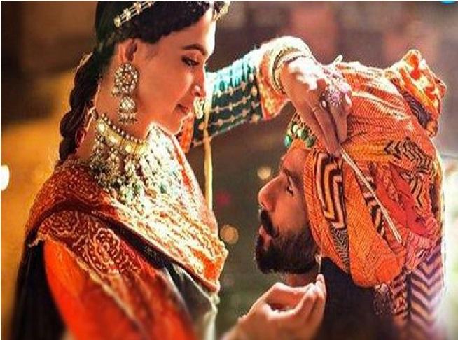 نئے نام کے ساتھ ریلیز ہوگی فلم پدماوتی ، سنجے لیلا بنسالی کو نئے سال کا گفٹ