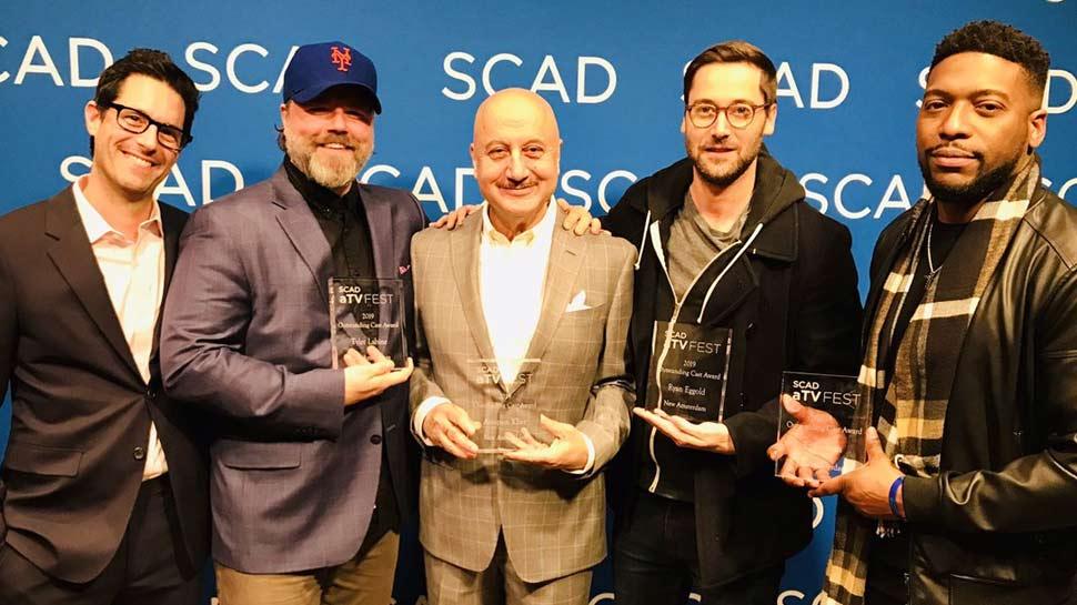 انوپم کھیر کو ملا آوٹ سٹانڈنگ کاسٹ ایوارڈ